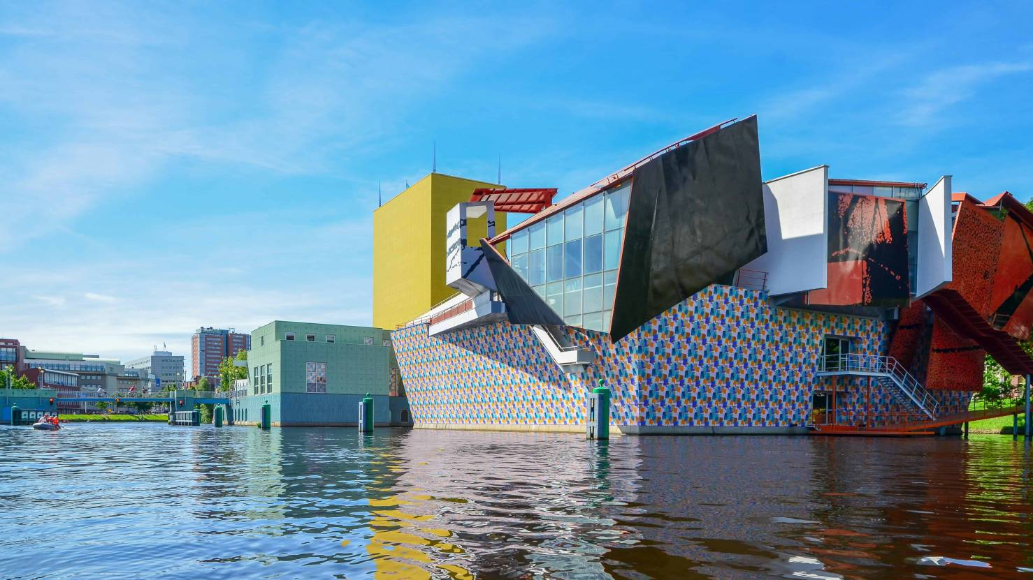 Groninger Museum in the Netherlands - Alessandro Mendini. Photo by Zachtleven.